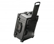 pelican-rolling-travel-video-camera-case6